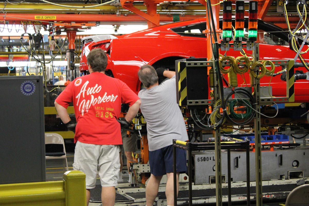 Corvette Plant's UAW to Vote Tuesday on Strike Over Management Issues