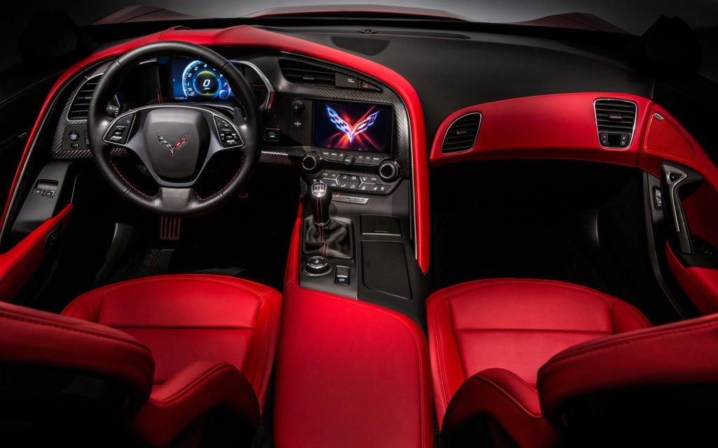 Ward's Names the Corvette Stingray to its 10 Best Interiors List for 2014