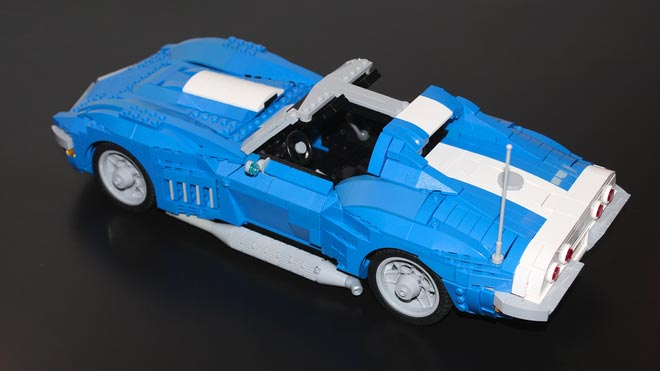 Lego Artist Recreates the 1969 Corvette Stingray