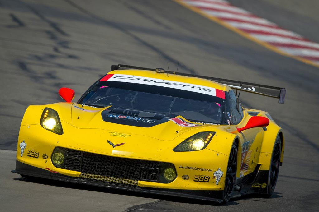 Vote for Corvette Racing for the 2014 'Team to Win' Award