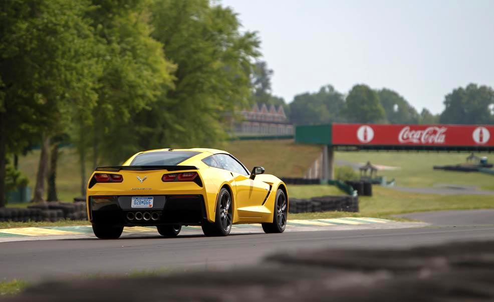 [VIDEO] Watch the Corvette Stingray's Run at VIR for Car and Driver's Lightning Lap
