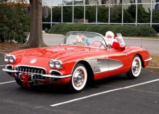 [GALLERY] Merry Christmas from CorvetteBlogger! (12 Photos of Santas in Corvettes)