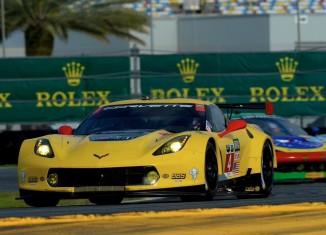 Corvette Racing at Daytona: GTLM Pole Position for Oliver Gavin in the No.4 Corvette C7.R