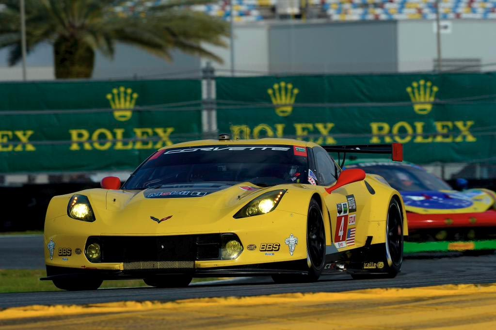 Corvette Racing at Daytona: GTLM Pole Position for Oliver Gavin in the No.4 Corvette C7.R