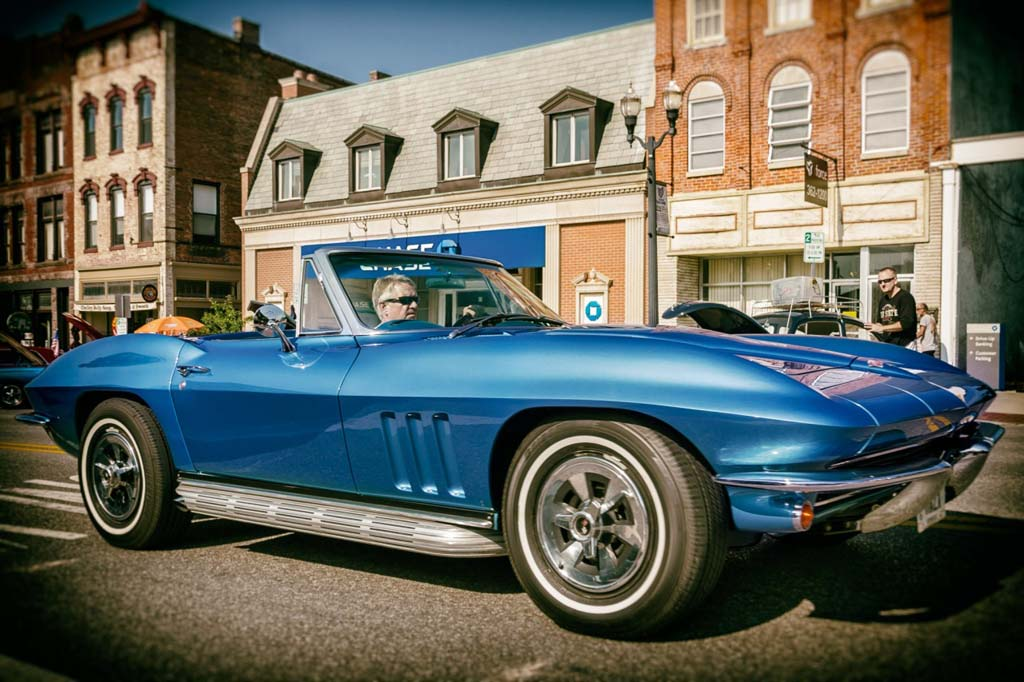 [GALLERY] Midyear Monday (28 Corvette photos)
