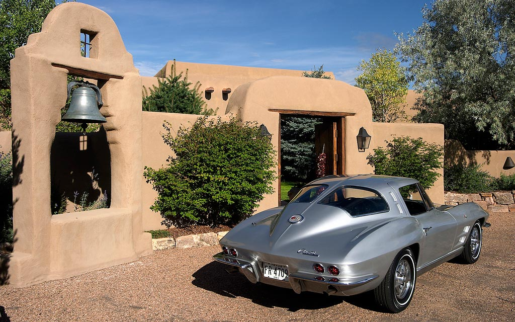 Bring a Trailer Auctioning a 1963 Split Window Corvette Coupe at No Reserve