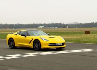 Watch The Stig Thrash a Corvette Stingray Around Top Gear's Test Track
