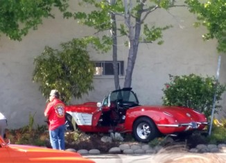 [ACCIDENT] Peer Pressure to do a Burnout Leads to a Wrecked Corvette