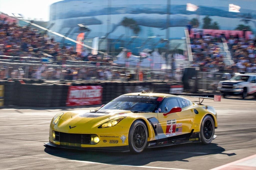 Corvette Racing at Long Beach: Riding Momentum Out West