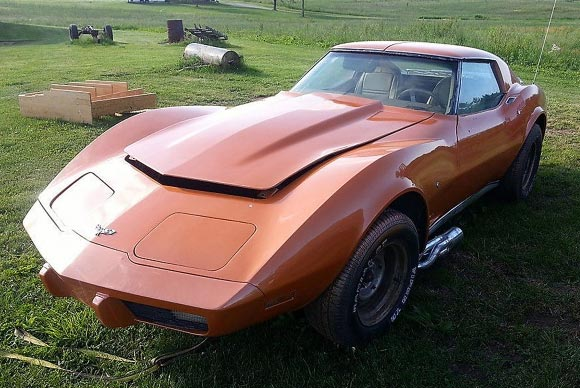 stolen family 39 s 1977 corvette stolen from private garage. Black Bedroom Furniture Sets. Home Design Ideas