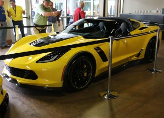 [PICS] Chevrolet Pays its Respect to Corvette Racing with the 2016 Corvette Z06 C7.R Edition