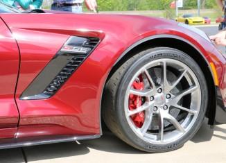 [PICS] New Wheel Options for 2016 Corvettes