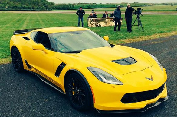 [PIC] Former Top Gear Host Jeremy Clarkson Tweets Photo of a Corvette Z06 and Film Crew