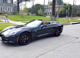 [PIC] 90210 and Sharknado Star Ian Ziering is Back Behind the Wheel of a Black Corvette Stingray