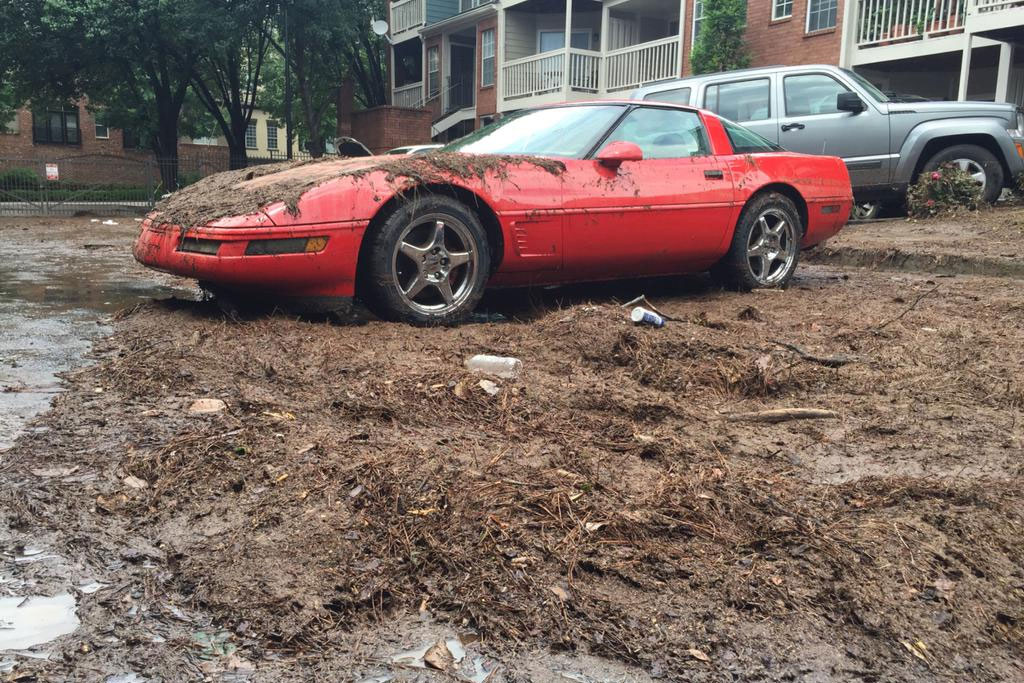 C4 Corvette Drowns in Atlanta Floods When Storm Drains Clog