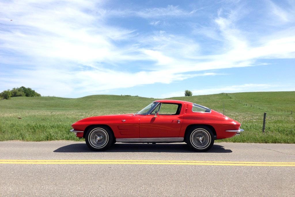 [GALLERY] Midyear Monday (33 Corvette photos)
