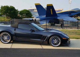 [GALLERY] Vettes and Jets (25 Corvette photos)
