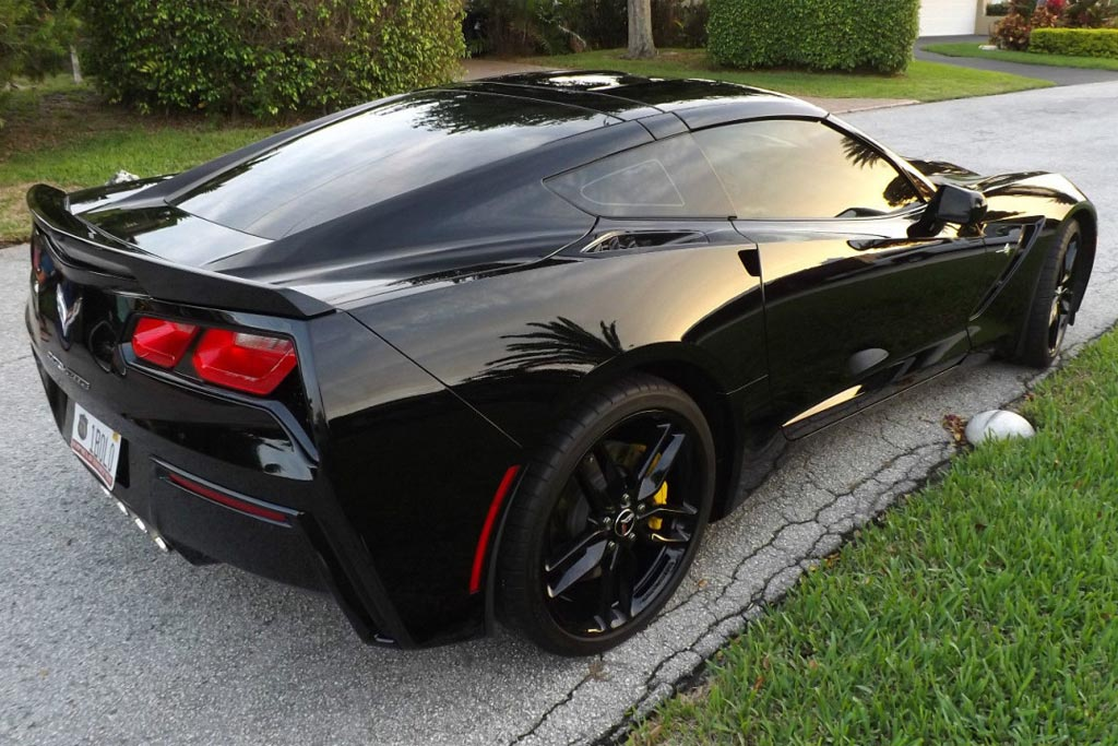 2016 Corvette Shaves 20 Pounds Thanks to New Body Panels by Continental Structural Plastics