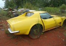 [PICS] Sad 1971 Corvette Barn Find Being Sold as a Parts Car
