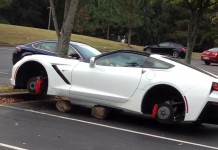 [PICS] Corvette Stingray Has its Wheels Stolen in Florida