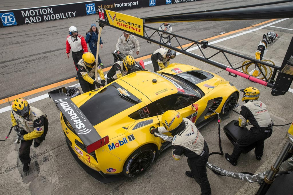 Corvette Racing to Switch to E20 Fuel in 2016