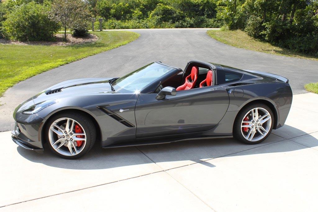 [VIDEO] Corvette Stingray Earns Kelley Blue Book's Best Buy Award