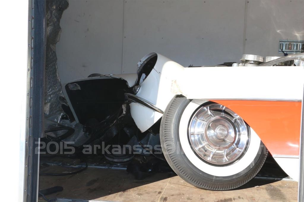 [ACCIDENT] Classic Corvette Damaged in Fatal 5th-Wheel Trailer Crash
