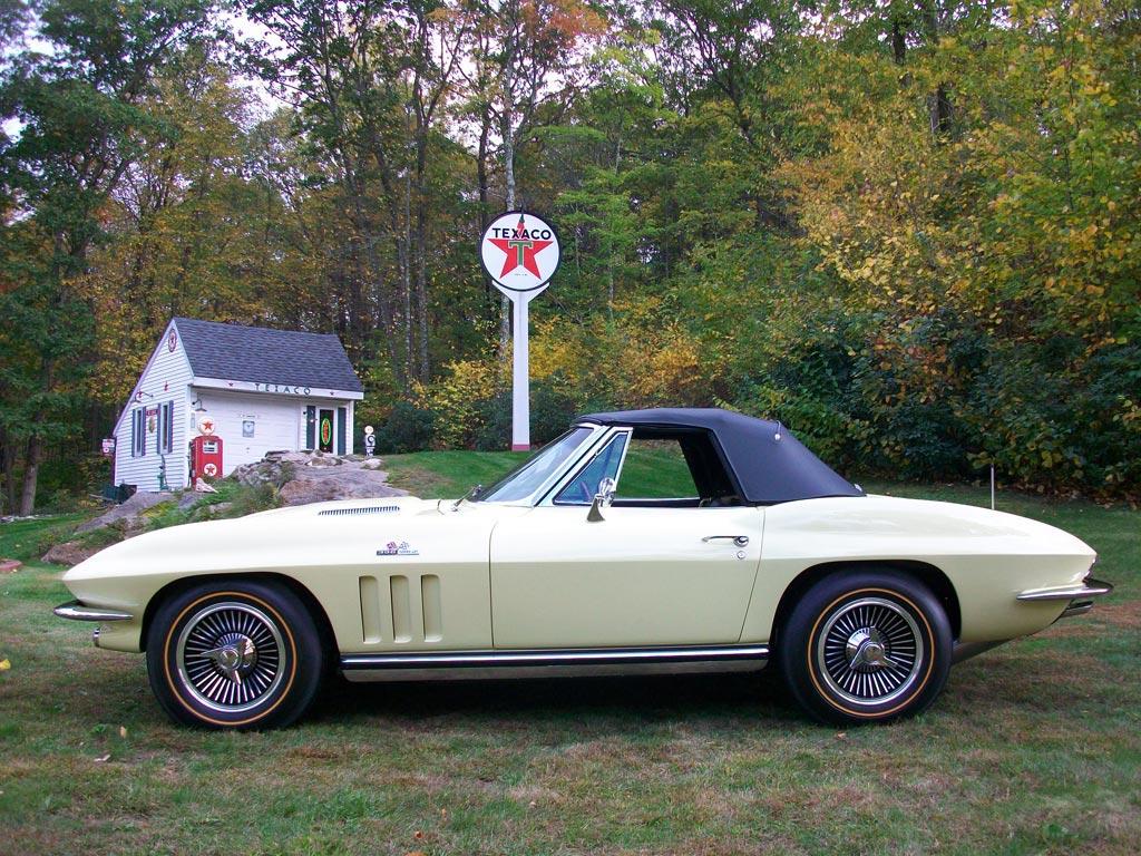 [GALLERY] Midyear Monday! (36 Corvette photos)