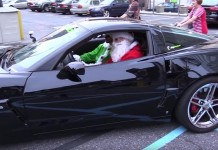 [VIDEO] Santa and his Elf Hand out Toys to Kids in Philly from a C6 Corvette Z06