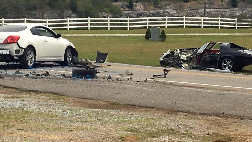 [ACCIDENT] Carjacking Suspect Crashes into a C3 Corvette During Police Chase