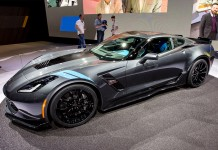 First 2017 Corvette Grand Sport to be sold at Barrett-Jackson Palm Beach