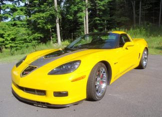 Corvettes on eBay: 2009 Corvette Z06 ALMS GT1 Championship Edition