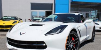 Two Rebates Now Being Offered on 2016 Corvettes in May