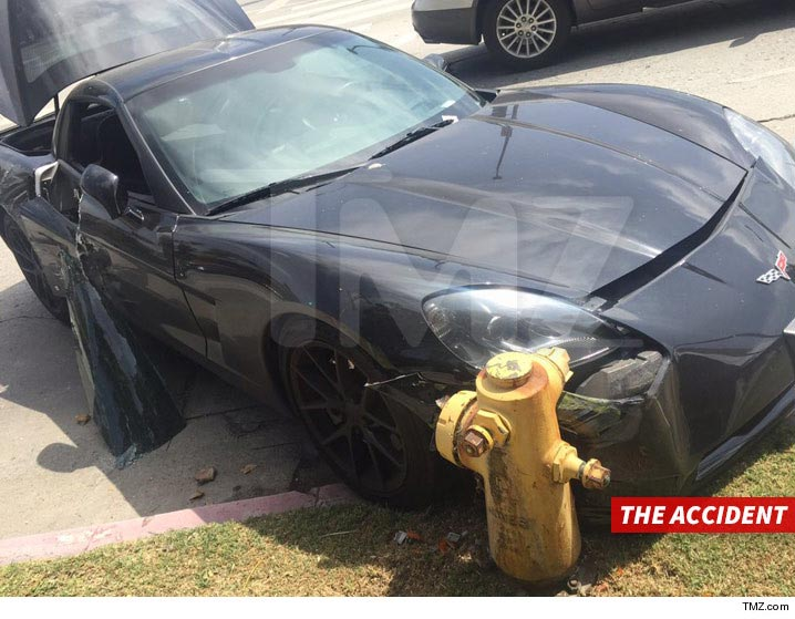 [ACCIDENT] General Hospital Star's C6 Corvette Hit By Jeep Driver