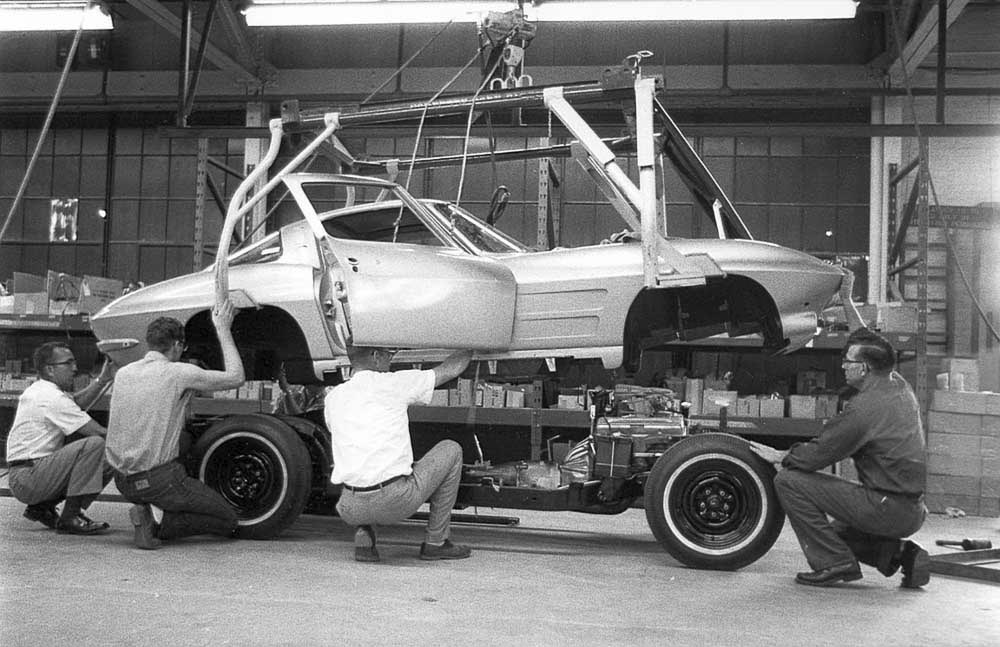 [PICS] Throwback Thursday: 1963 Corvette Pilot Build Photos