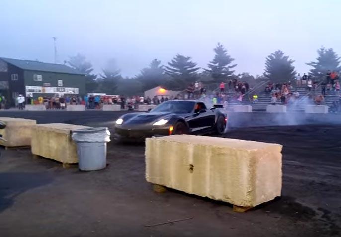 [VIDEO] Corvette Z06 Crashes During Donut Attempt at Automotion 2016