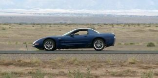[VIDEO] C5 Corvette Z06 Carjacked and then Shot at by Police as Theives Try to Escape