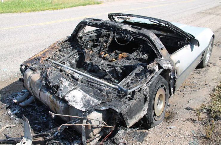 [ACCIDENT] Fire Detroys this 1985 Corvette in Michigan