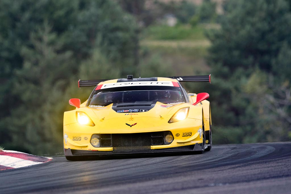 Corvette Racing in Canada: GTLM Pole Position for Garcia in No. 3 Corvette