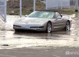 [VIDEO] Corvette Driver Ignores Flood Signs and Proceeds to Drown Her C5 Convertible