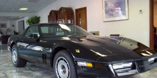 Corvettes on eBay: 1984 Corvette with 865 Original Miles
