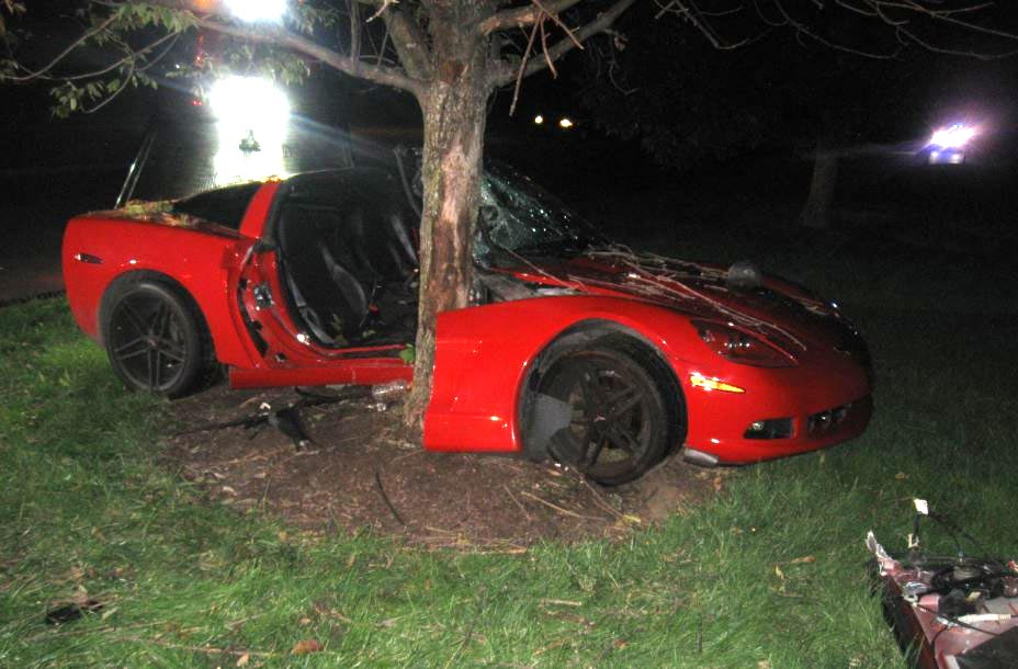 DUI Driver Crashes C6 Corvette and Bails on Trapped Female ...