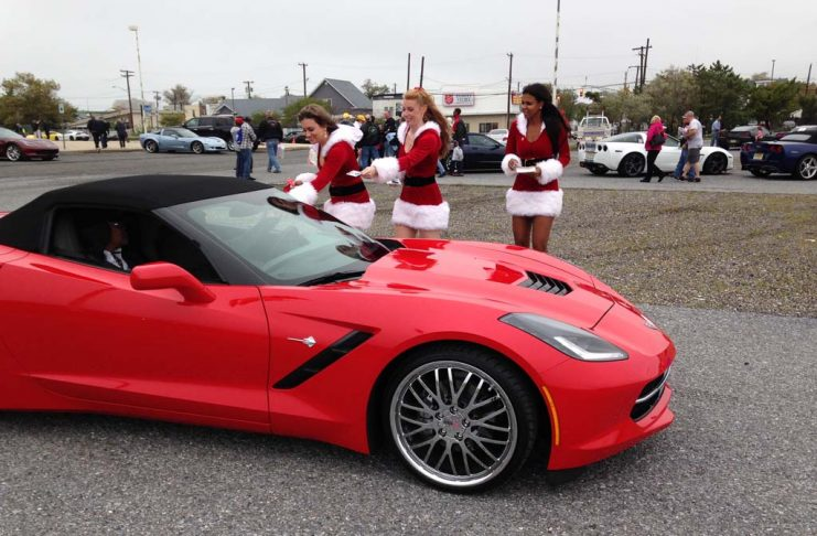 [GALLERY] Kerbeck's Toys for Tots Corvette Caravan (34 Corvette photos)