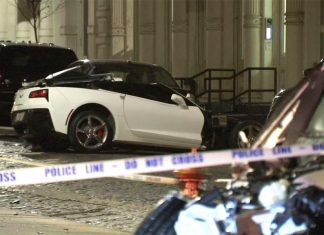 [ACCIDENT] Stolen BMW SUV Crashes into Corvette Stingray in NYC