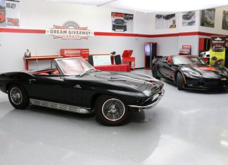 [VIDEO] John Wilson Wins the Vettes in the 2016 Corvette Dream Giveaway