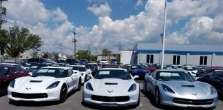 [PICS] New 2018 Corvette's Ceramic Matrix Gray Compared to Arctic White, Blade Silver and Sterling Blue