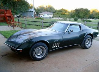 Corvettes on Craigslist: Rough and Running 1969 Corvette Stingray