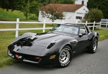 [GALLERY] Black Friday! (46 Corvette photos)
