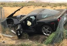 [ACCIDENT] Driving too Fast on Wet Roads Puts a C6 Corvette Into a Ditch
