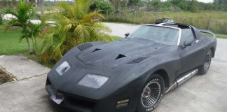 Corvettes on eBay: Plasti-Dipped 1977 Greenwood Turbo GT